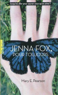Jenna Fox, 17 ans, a passé un an dans le coma suite à un accident de voiture. Elle est devenue amnésique. Qui est-elle réellement? Un livre émouvant, difficile mais très bien.