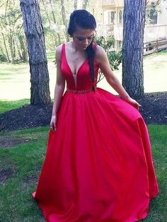 Elegant V neck Prom Dresses Red Evening Gown | Fashiondressy Fitted Prom Dresses, V Neck Prom Dresses, Unique Prom Dresses, Long Prom Gowns, Ball Gowns Prom, Popular Dresses, Mermaid Prom Dresses, Satin Dresses, Cheap Dresses