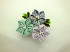 Hey, I found this really awesome Etsy listing at https://www.etsy.com/listing/201916052/lovely-colourful-bell-flower-hair-comb