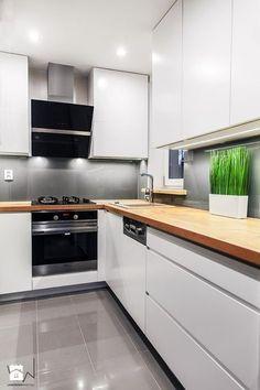 27 Kitchen Remodel Ideas On A Budget white kitchen design; 27 Kitchen Remodel Ideas On A Budget white kitchen design; kitchen remodel on a budget; Refacing Kitchen Cabinets, Kitchen Cabinet Design, Modern Kitchen Design, Kitchen Layout, Interior Design Kitchen, Kitchen Decor, Kitchen Ideas, Diy Kitchen, Interior Modern