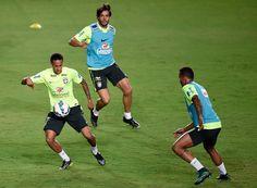 Neymar Photos - Team Brazil - Practice Session - Zimbio