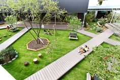 DS Nursery by HIBINOSEKKEI & Youji no Shiro | Yellowtrace Landscape Design, Urban Landscape, School Architecture, Education Architecture, Architecture Design, Nursery Organization, Organize Nursery, Learning Spaces, Play Spaces