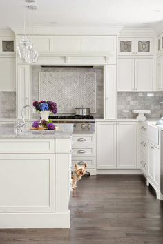 Grey marble backsplash