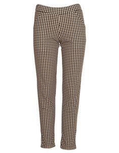 Monochrome Dogtooth Print Cigarette Trousers £ 12.95 #chiarafashion #monochrome #dog #tooth #hound #print #black #white #printed #print #pocketed #cigarette #trousers #trend #style