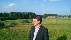 In der Nähe des Reiterhofs der Familie Reglauer bei Wangen im Landkreis Starnberg werden möglicherweise große Windkraftanlagen gebaut werden. Habe mir das vor Ort angeschaut. Der Standort ist sehr problematisch.