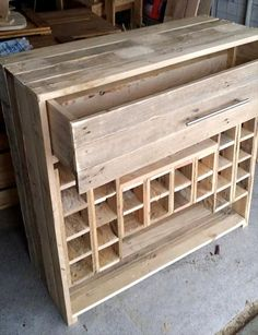 Pallet Bar + Beverage Bottle Rack | 99 Pallets