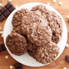 Para preparar a overdose de chocolate da Páscoa: bolachas triplo chocolate. Receita no blog www.chadascinco.pt #ChadasCincoBlog