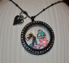 """Girls night out!   To order:  www.angeladewine.origamiowl.com   """"Like"""" me on Facebook for sales, information and events! www.facebook.com/angelasorigami"""