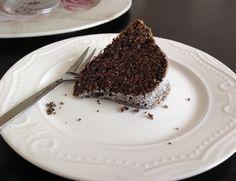 Makovo-ořechová bábovka (bezlepková), krok 2: Máslo vyšlehejte společně s… Tiramisu, Cheesecake, Gluten Free, Cupcakes, Sweets, Ethnic Recipes, Desserts, Food, Fitness