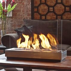 Brasa Preston Ethanol Tabletop Fireplace.
