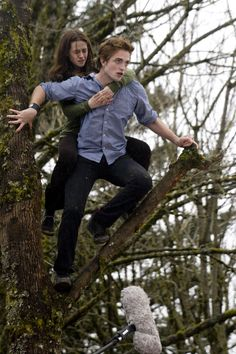 """Edward and Bella """"you better hold on tight spider monkey"""" <3"""