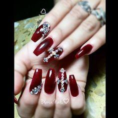 #blancanails #Blancanailss #nailsnailsnails #nailsartjunkie #nailsofinstagram #nailed #nailart#glitternails #acrylicnails #prettynails #instanails #nailstoinspire #ilovenails #welovenails #nailsbyme #nailartheaven #3dnails #swarovskinails #Rhinestones #blingbling #blingnails #coffinnails by blancanailss
