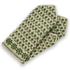 Ravelry: Grandmothers No 015 pattern by Jana Dragune Fast Crochet, Easy Crochet Stitches, Easy Crochet Patterns, Crochet Mens Scarf, Crochet Baby Jacket, Knitted Mittens Pattern, Christmas Crochet Blanket, Wool Gloves, Crochet Stitches