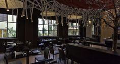 ROMEO Chef & Baker - Roma-Prati Gourmet - Un forno. Un ristorante. Una gastronomia. Il Romeo è tutto questo. Anzi molto di più. A due passi dal Vaticano, in un locale moderno ma in un atmosfera rilassata, si sforna la magia. Non a caso tra i suoi chef spiccano stelle Michelin e forchette Gambero Rosso.