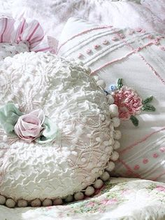 ❥ Beautiful chenille and pom poms~ originally from www.bhg.com