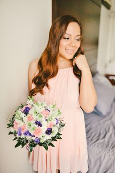 #beforedressingup #bride #bouquet #pink #lovely #wedding #mmphoto #mmpv #filipina #philippineweddings
