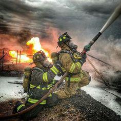 FEATURED POST  @travis32 -  Tank battery. . CHECK OUT! http://ift.tt/2aftxS9 . Facebook- chiefmiller1 Snapchat- chief_miller Periscope -chief_miller Tumbr- chief-miller Twitter - chief_miller YouTube- chief miller  Use #chiefmiller in your post! .  #firetruck #firedepartment #fireman #firefighters #ems #kcco  #flashover #firefighting #paramedic #firehouse #straz #firedept  #feuerwehr #crossfit  #brandweer #pompier #medic #firerescue  #ambulance #emergency #bomberos #Feuerwehrmann…