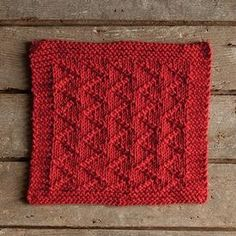 For some time now, Knit Picks has been posting a free pattern a week for dishcloths. I generally knit the same simple pattern over and over for mine, because after a few uses, a dishcloth tends to …