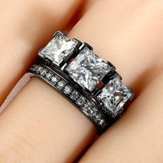 Vancaro - Black Three-stone Princess Cut Women's Wedding Ring Set with White Cubic Zirconia
