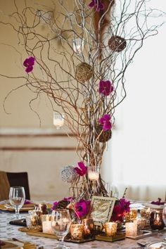 Gorgeous color combo. The fuchsia with the mixed metallics.  Lots of glamor and would be perfect for fall... ok brides... someone has to let us recreate this for their wedding!