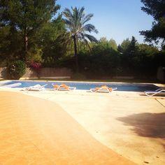 Swimming pool in the villa <3