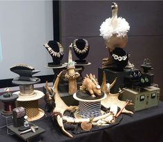 2Roses Bowers Museum Jewelry Display by 2Roses Jewelry, via Flickr... super cool display