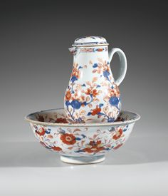 AN EWER AND COVER WITH ITS BASIN, CHINA, QING DYNASTY, 18TH CENTURY