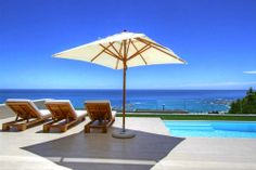 Sasso House is a beautiful villa for rent in Cape Town , Camps Bay. Family Getaways, Vacation Villas, Travel Companies, Luxury Villa, Cape Town, Swimming Pools, Patio, Outdoor Decor, House