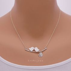 Birds and Tiny Leaf Necklace Sterling Silver Chain / by CreBijoux, $19.50 Cute Necklace, Leaf Necklace, Silver Pendants, Sterling Silver Necklaces, Simple Jewelry, Gold Jewelry, Girls Necklaces, Jewelry Necklaces, Jewelery