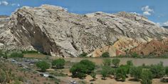 SCIENTIFIC METHOD / SCIENCE & EXPLORATION  GigaPan's gigapixel images bring field trips to geology classrooms  GigaPan provides nutritious eye candy for the classroom and the curious.