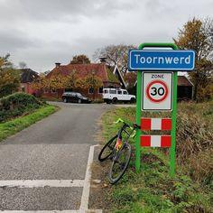 #Vanmiddag ben ik toch nog maar even op #fiets er op uit getrokken voor een ritje over het Hogeland. Het waaide hard en tijdens de rit bleef het gelukkig droog. ---------- Het Rijksinstituut voor Volksgezondheid en Milieu (RIVM) meldt zondag 8.740 positieve coronatests 1.079 minder dan zaterdag toen er 9.839 positieve tests werden gemeld. Volgens het RIVM komt dat mogelijk door het 'weekendeffect' waarbij er minder getest wordt. ---------- / #fietsen #sporten #strava #stravakoms #wielrennen / Be
