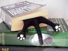 Cat Bookmark - Black Needle Felted Kitty Half Splat bookmark by BenMcfuzzylugs on Etsy