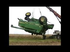tractor pulling truck out of mud, tractor accident videos, john deere tractor in action | NITAKAVA.Com