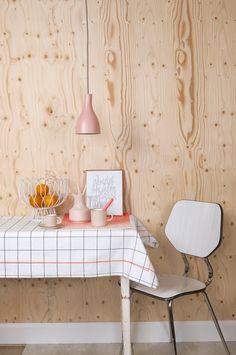 Keukentafel met zachte kleuren | Kitchentable with soft colors | Present Time