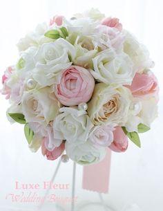 チューリップが入った 可愛いラウンドブーケ |Luxe Fleur Diary~プリザーブドフラワーとアーティフィシャルフラワーのブライダルブーケのショップ