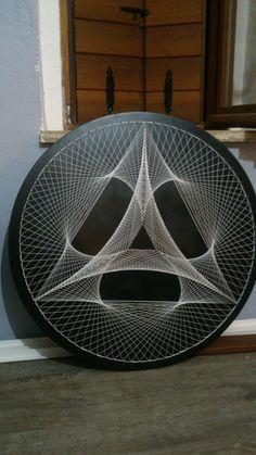 String Wall Art, Nail String Art, String Art Templates, String Art Patterns, Arte Linear, Sacred Geometry Art, Thread Art, Flash Art, Art Graphique