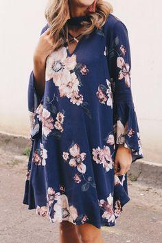 6d74153f5a3 Flowy Purple Floral Dress