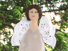Angel figurine handmade in felt and clear grey by IsabelleNigel, €18.00