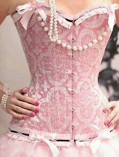Brocade Corset -- Great example of how not to match the brocade. Although I am intrigued by how much of the design they have showing on the front here without being interrupted by seamlines. Is the corset really that flat across the bust? Corset Sexy, Pink Corset, Vintage Corset, Black Corset, Beauty And Fashion, Pink Fashion, Cute Fashion, Womens Fashion, Corsets