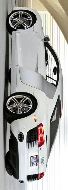 Audi R8 by Levon