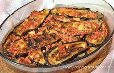 Μεσσαρίτικο! Το φαγητό αυτό το λέμε μεσσαρίτικο. Προφανώς είναι σπεσιαλιτέ που συνηθιζόταν στα χωριά της Μεσσαράς πριν διαδοθεί στα υπόλοιπα χωριά μας. Βλέπετε ο μουσακάς ήταν πιάτο κυρίως της αστικής κουζίνας στις αρχές του προηγούμενου αιώνα. Στην ύπαιθρο οι νοικοκυρές έφτιαχναν πιο απλά πιάτα.Αν και ο συνδυασμός των υλικών είναι … Greek Recipes, Veggie Recipes, Vegetarian Recipes, Cooking Recipes, Healthy Recipes, Healthy Meats, Greek Cooking, Eggplant Recipes, Family Meals