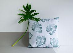 16 x 16 feuille tropique oreiller imprimé, coton et lin, palm leaf, lavande pâle et vert