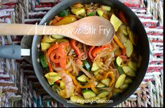 A colorful, delicious side dish, this Mexican Stir Fry is healthy and ridiculously easy to prepare. Make it today as a side dish for fajitas, or make a meal of it alone! Fajita Side Dishes, Healthy Side Dishes, Healthy Sides, Gourmet Recipes, Healthy Recipes, Healthy Dinners, Vegetarian Dinners, Healthy Foods, Healthy Cooking