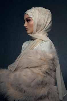 This Empowering Luxury Brand Is Changing How Muslim-American Women Wear Hijabs Photo of The Ethereal Ivory Hijabi Wedding, Wedding Hijab Styles, Muslimah Wedding Dress, Muslim Wedding Dresses, Muslim Brides, Muslim Couples, Bridal Hijab, Hijab Bride, Street Hijab Fashion