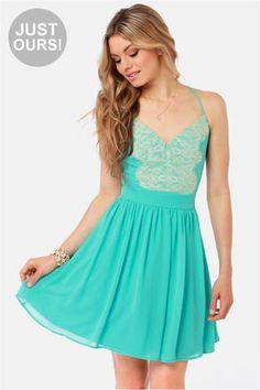 Cute blue dress.