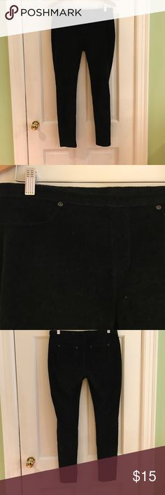Black Ribbed HUE Corduroy Jeggings These are great when you want to tuck Pants into boots because it is much smoother. Very comfortable. 57% cotton, 40% polyester, 3% spandex HUE Pants Leggings