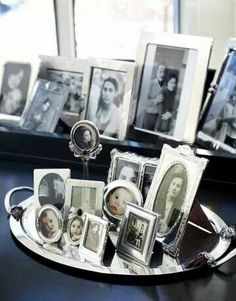 How to arrange photographs.