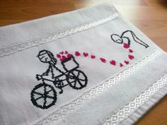 #Romantik #havlu Embroidery, Crochet Diagram, Punto De Cruz, Dots, Needlepoint, Crewel Embroidery, Embroidery Stitches