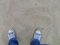 Shoes in the sand Schoenen in het zand