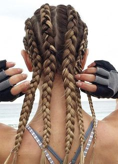 Top 60 All the Rage Looks with Long Box Braids - Hairstyles Trends Box Braids Hairstyles, Sporty Hairstyles, Workout Hairstyles, Black Women Hairstyles, Cute Hairstyles, Athletic Hairstyles, Cornrow Hairstyles White, Flip Hairstyle, Hair Updo